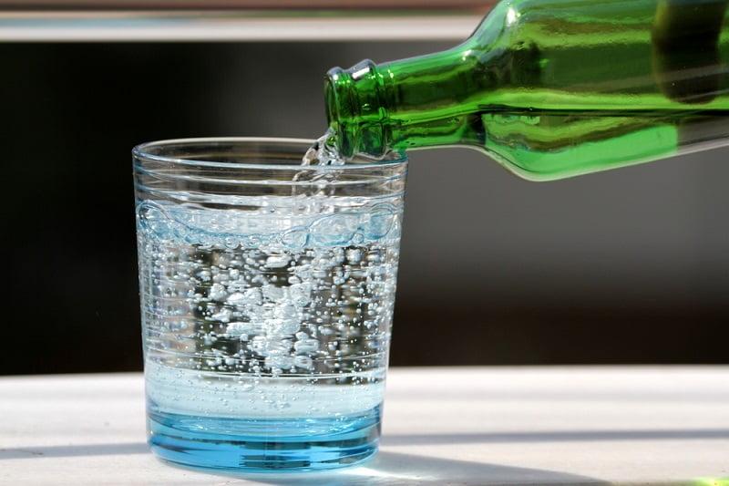 Дюбаж с минеральной водой